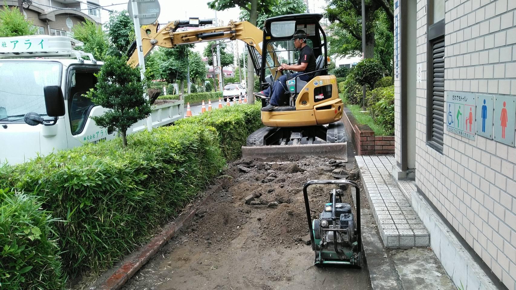 江東区亀戸 歩道インターブロック設置工事