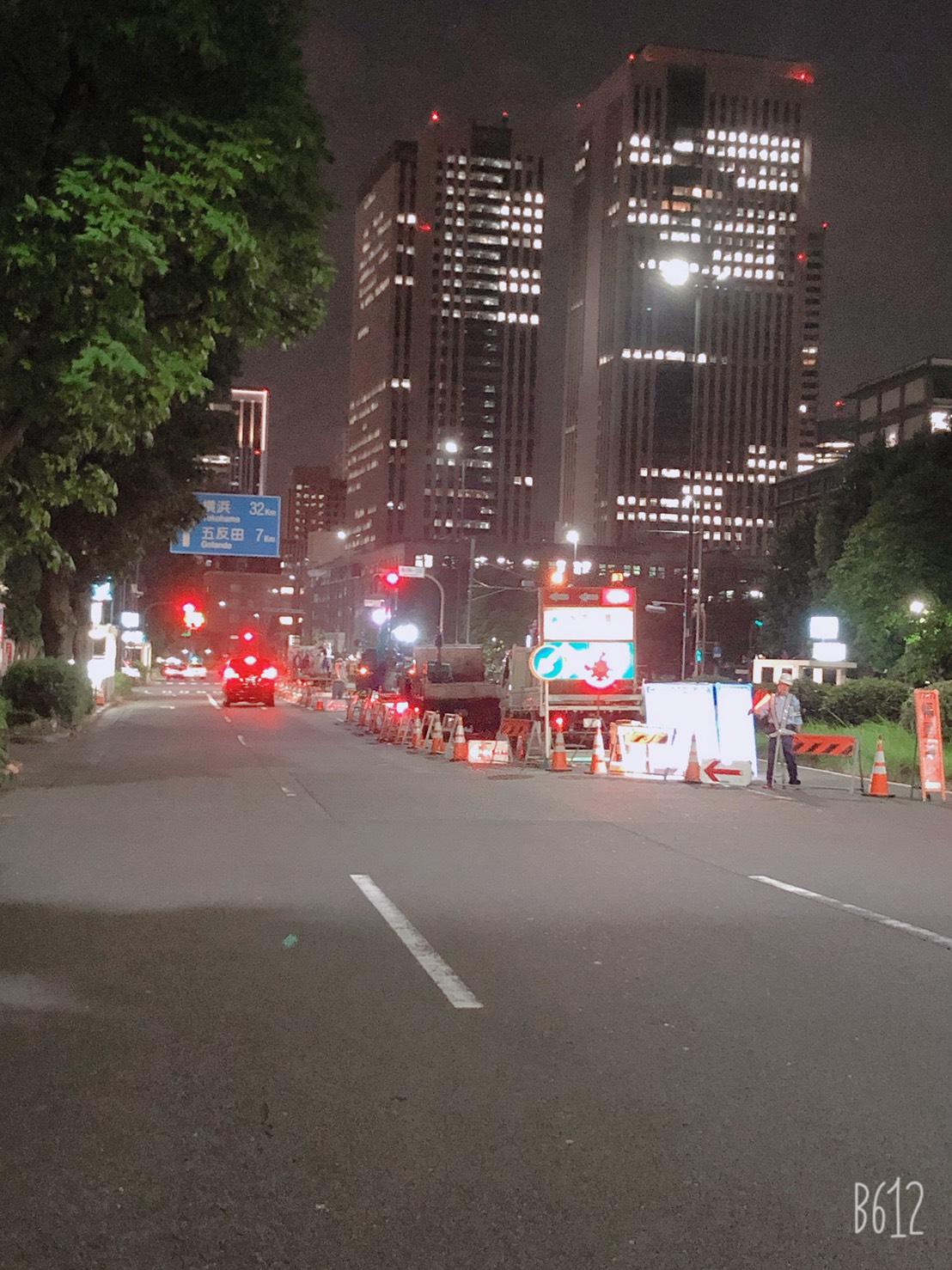 霞ヶ関 水道舗装復旧工事(夜間)