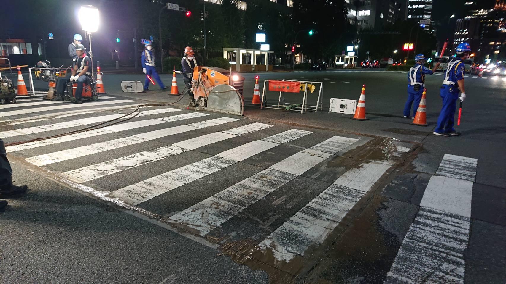 千代田区内 舗装打ち換え工事(夜間)
