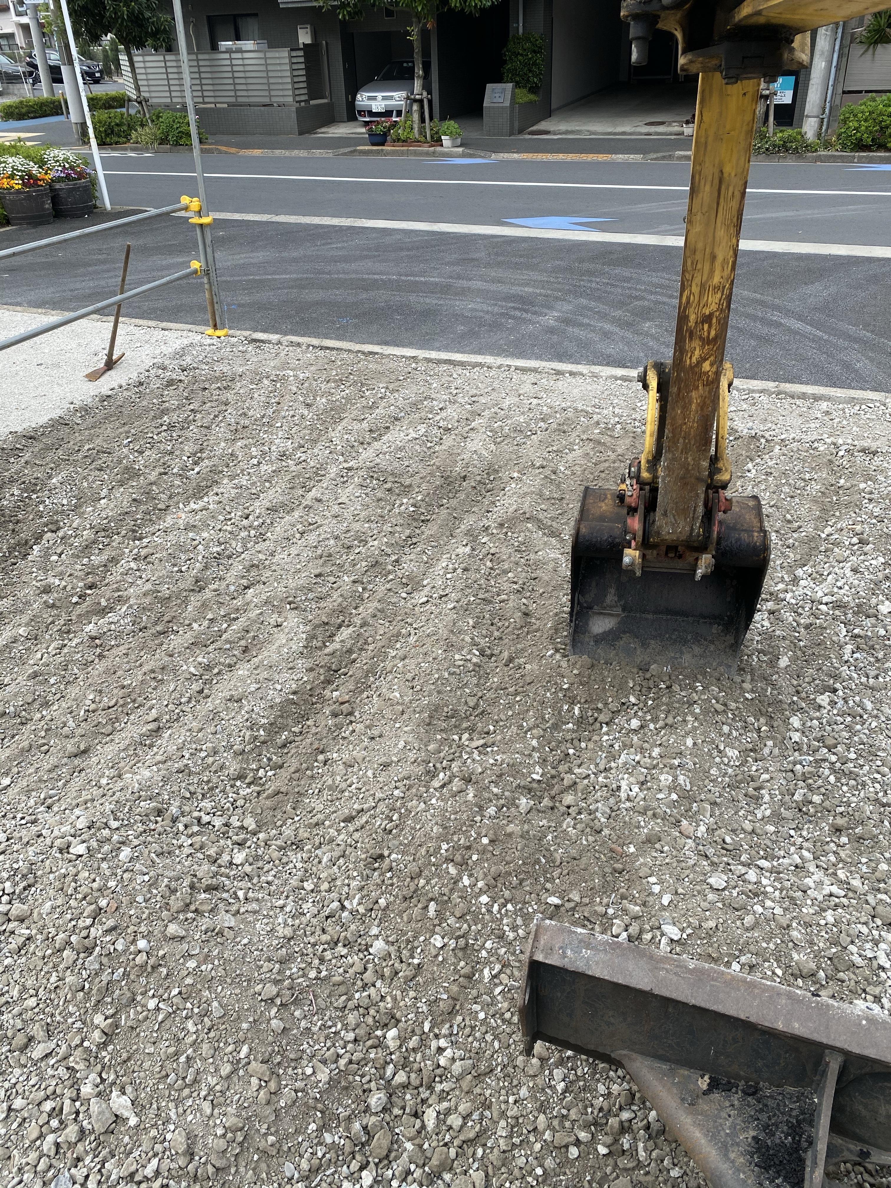 江戸川区中葛西 駐車場舗装工事