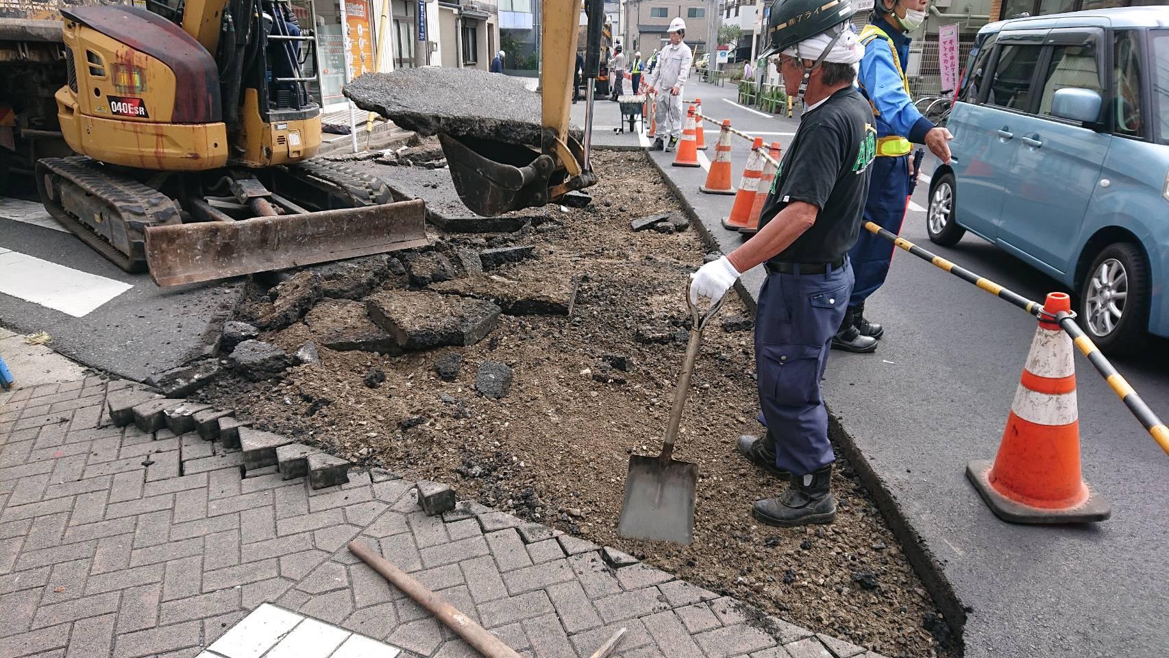 葛飾区東四つ木 車道打換え工事