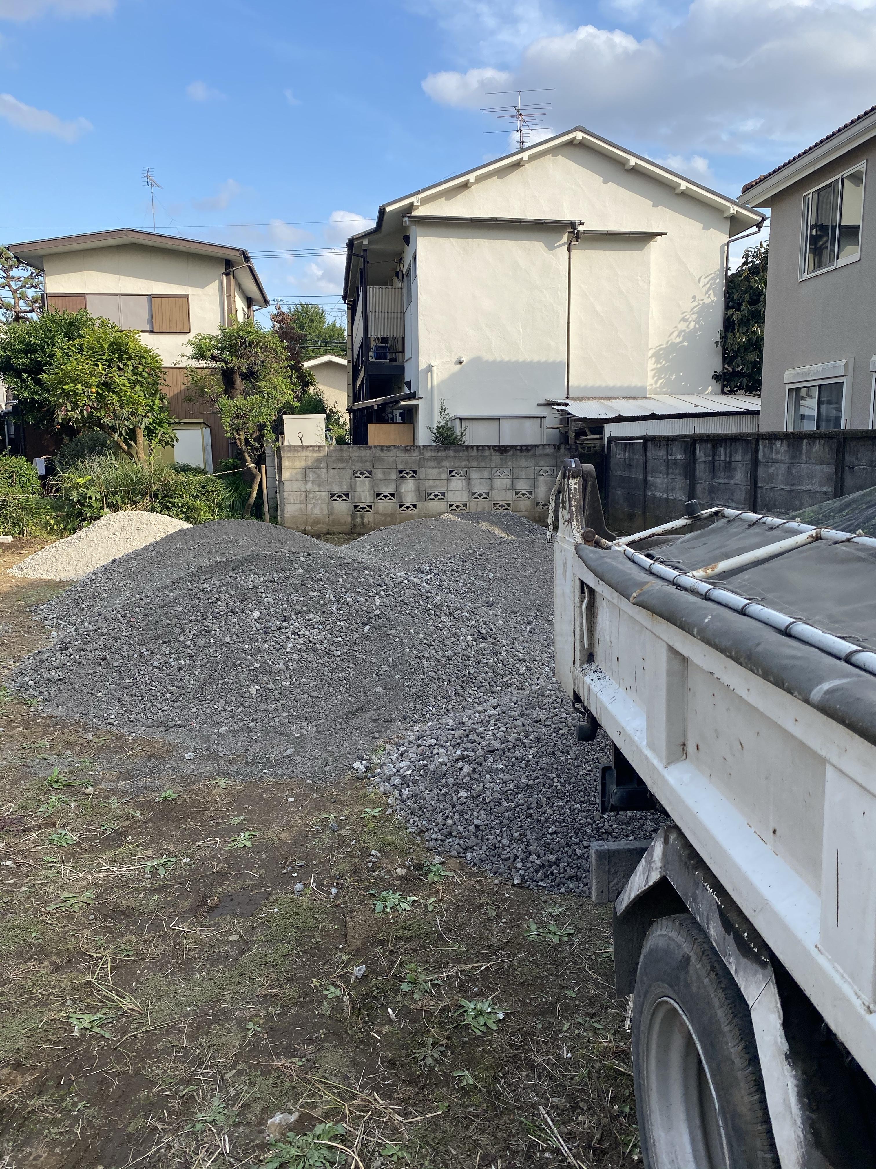 江戸川区内 駐車場舗装工事