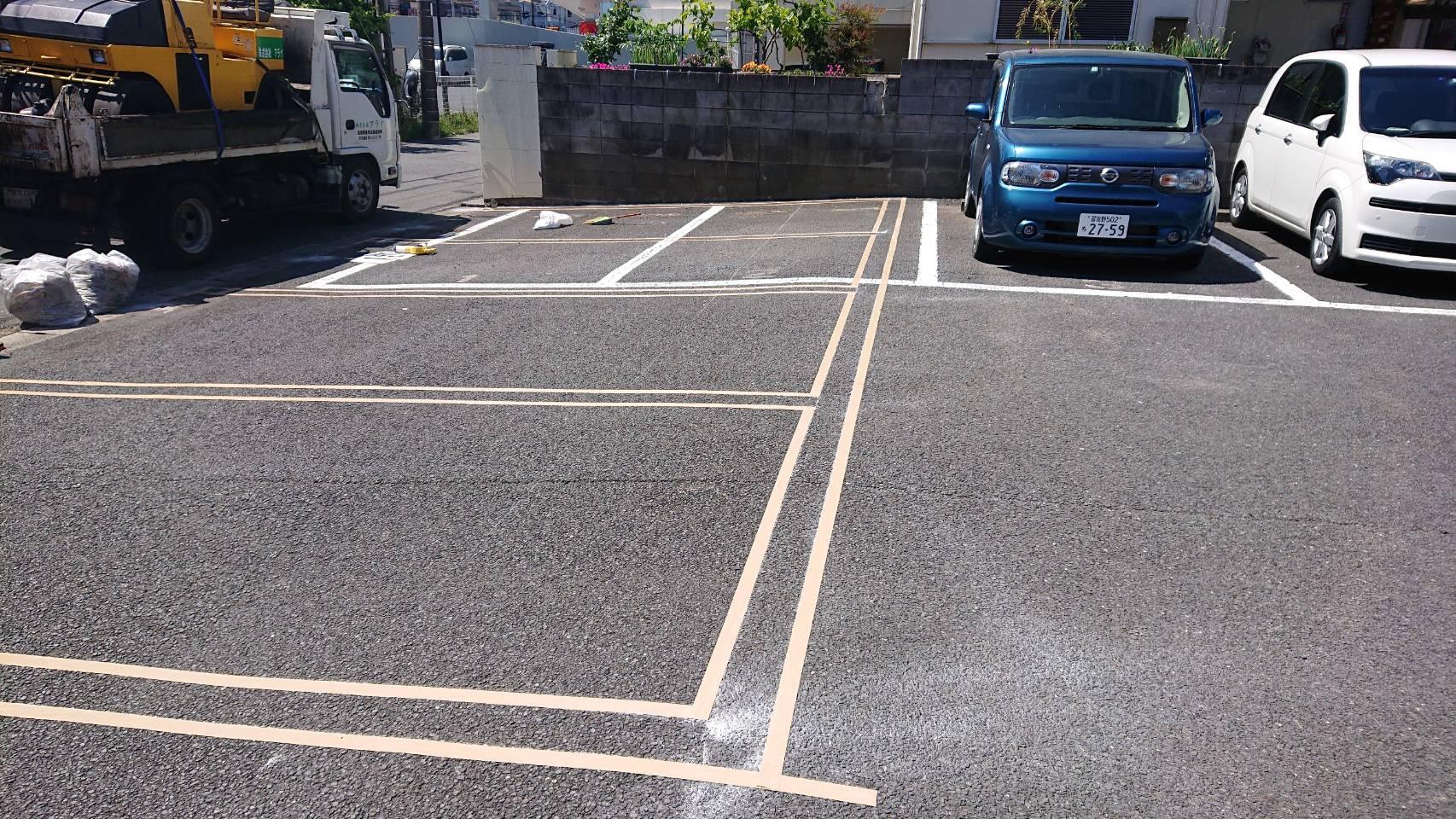 江戸川区内 細かい工事(3ヶ所) 及び駐車場舗装路盤工事