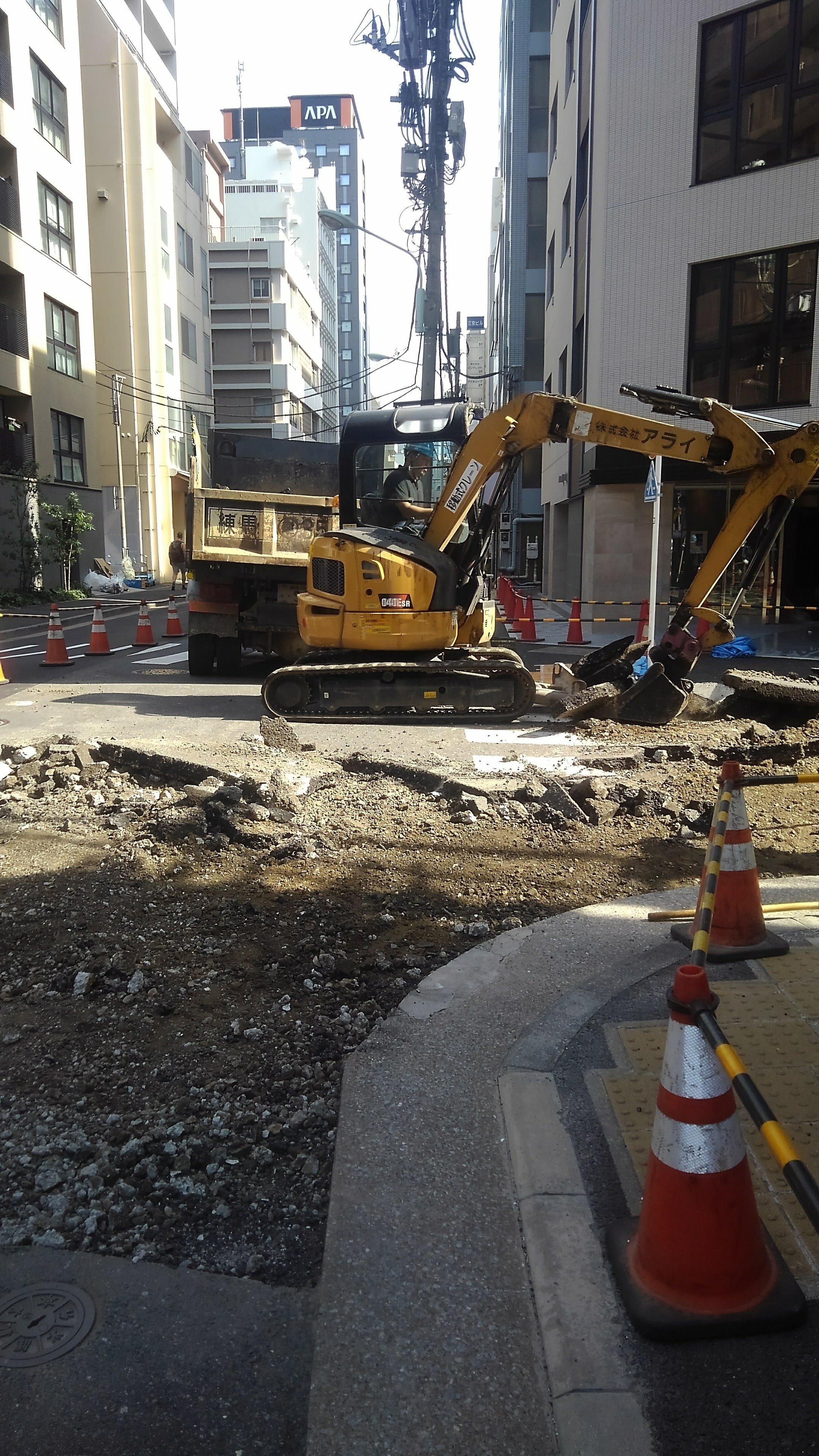 中央区日本橋馬喰町 車道舗装打ち換え工事