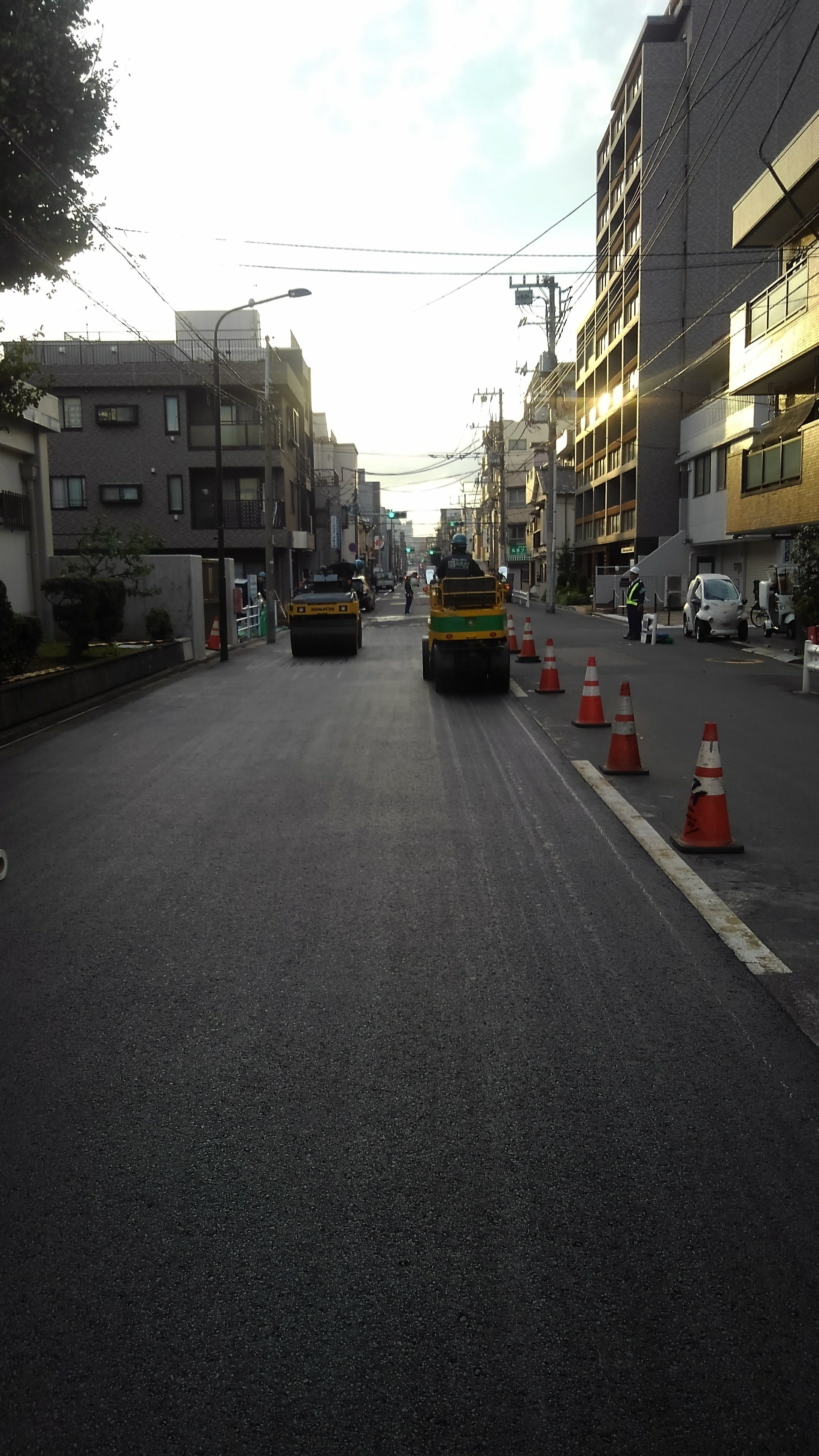 江戸川区東小松川 車道舗装打ち換え工事