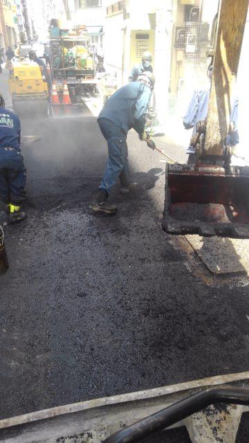 中央区日本橋 舗装打変え工事